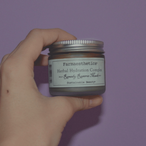 Farmaesthetics Herbal Hydration Complex Is The Best Mask For This 2021